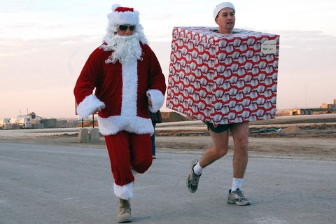 christmas-costume-5k-run-by-The-US-Army.jpg