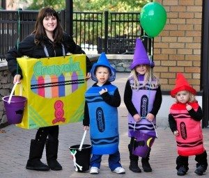 crayola-box-of-crayons-group-costume