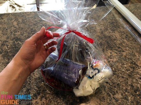 See the steps I usedto create these Christmas gift baskets.