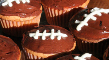 football-cupcakes-for-superbowl-party