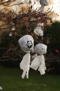 ghosts-in-tree-by-Phil-Romans.jpg