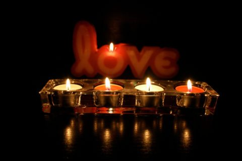 romantic valentines day ideas - love candles