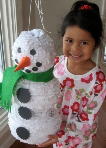 make-a-snowman-pinata