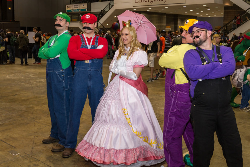 a fun mario brothers group costume idea