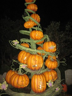 pumpkin-tree-by-gamerscoreblog.jpg
