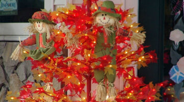 Thanksgiving Trees: Christmas Tree Shaped, With Seasonal Autumn Ornaments